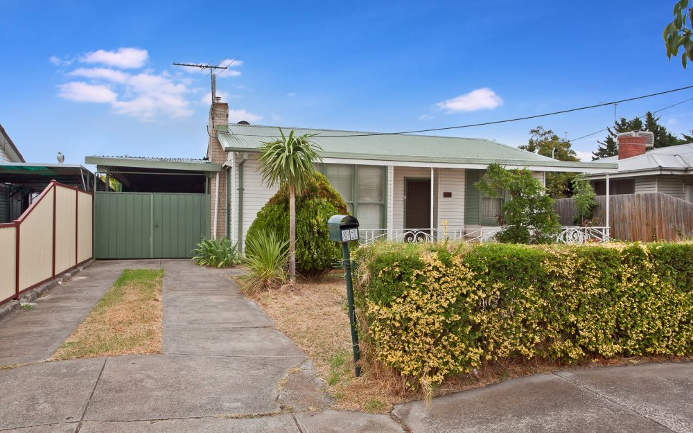 31 Hargreaves Crescent, Braybrook VIC 3019